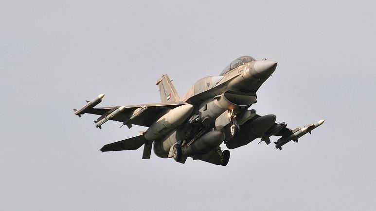 أبوظبي تدعم عمليات فرنسا في الساحل الأفريقي