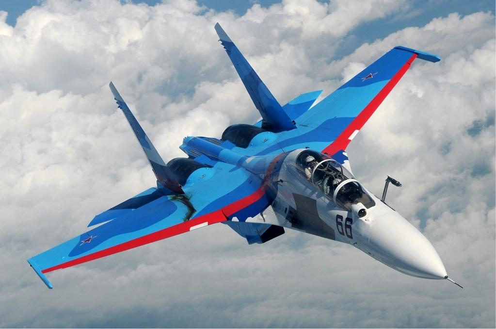 """بالتفصيل.. مقاتلة """"سو-30"""" روسية تعترض 3 طائرات عسكرية فرنسية فوق البحر الأسود"""