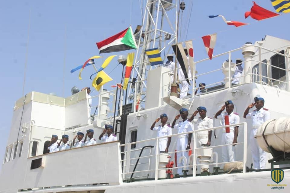 منصات إطلاق صواريخ وناقلات جنود ورادارت..  الوجود الروسي يتزايد في السودان