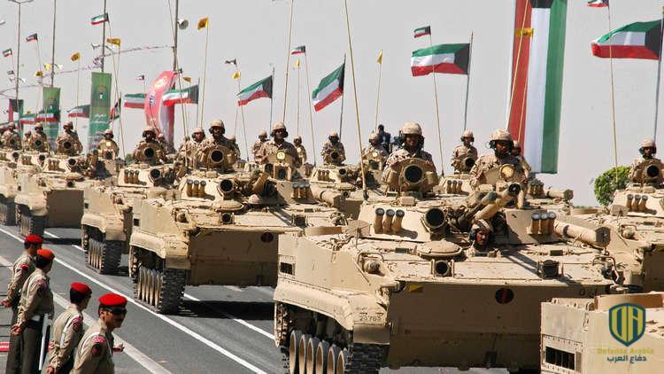 رئيس أركان الجيش الكويتي يحضر تمرين القيادة والأركان