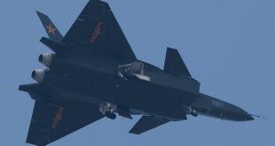 """مقاتلة """"جي-20″"""