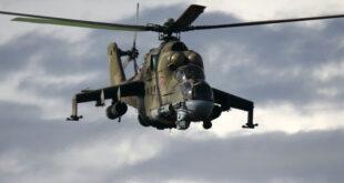 """بالفيديو: تحليق مروحية ليبية من طراز """"مي-24"""" على ارتفاع منخفض وبسرعة مجنونة"""