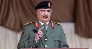 في أضخم عرض عسكري في تاريخ البلاد.. حفتر يؤكد أنه على استعداد لفرض السلام بالقوة في ليبيا