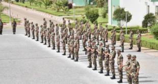 القوات المسلحة الملكية المغربية تعتمد زيا قتاليا جديدا (صور)