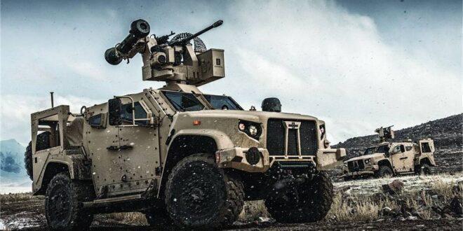 مركبة تكتيكية خفيفة مشتركة Oshkosh JLTV مع محطة أسلحة Kongsberg RS6